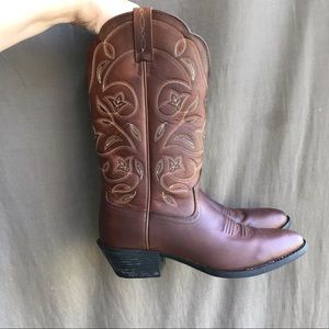 Ariat Heritage R cowboy boots